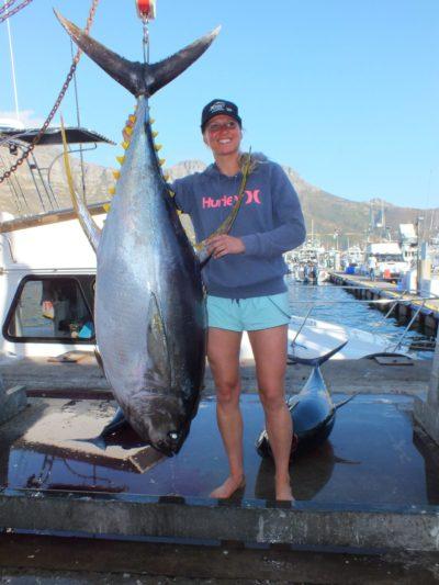 Day 2 yellowfin tuna lady - two oceans marine tuna derby 2018